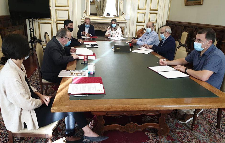 O Concello De Santiago financia do programa 'Isto é vida' de Down Compostela